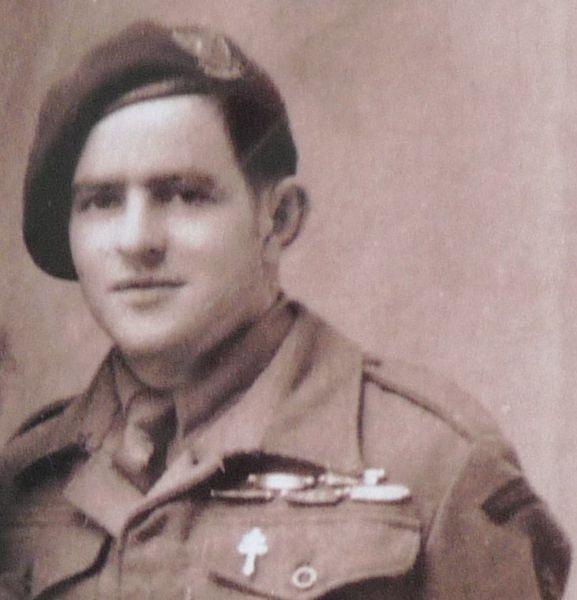 """""""Pierre Ernault, un des derniers survivants du commando Kieffer, est mort"""""""